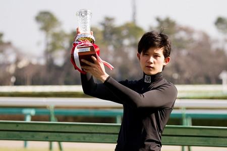 石川裕紀人騎手がもうすぐ100勝だけど、減量とれてもおまえら買うか?