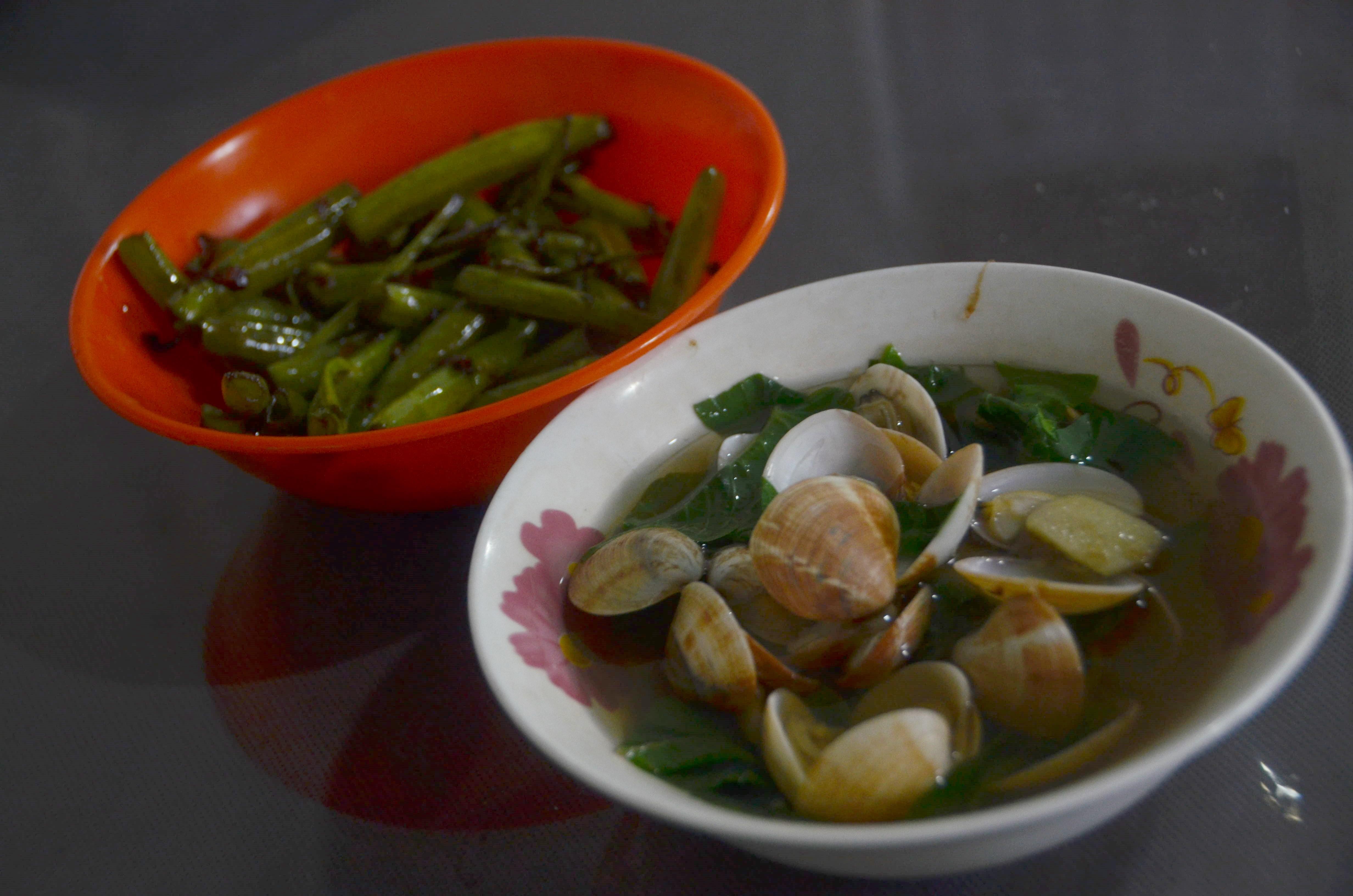 アサリのすまし汁とカンコン炒め