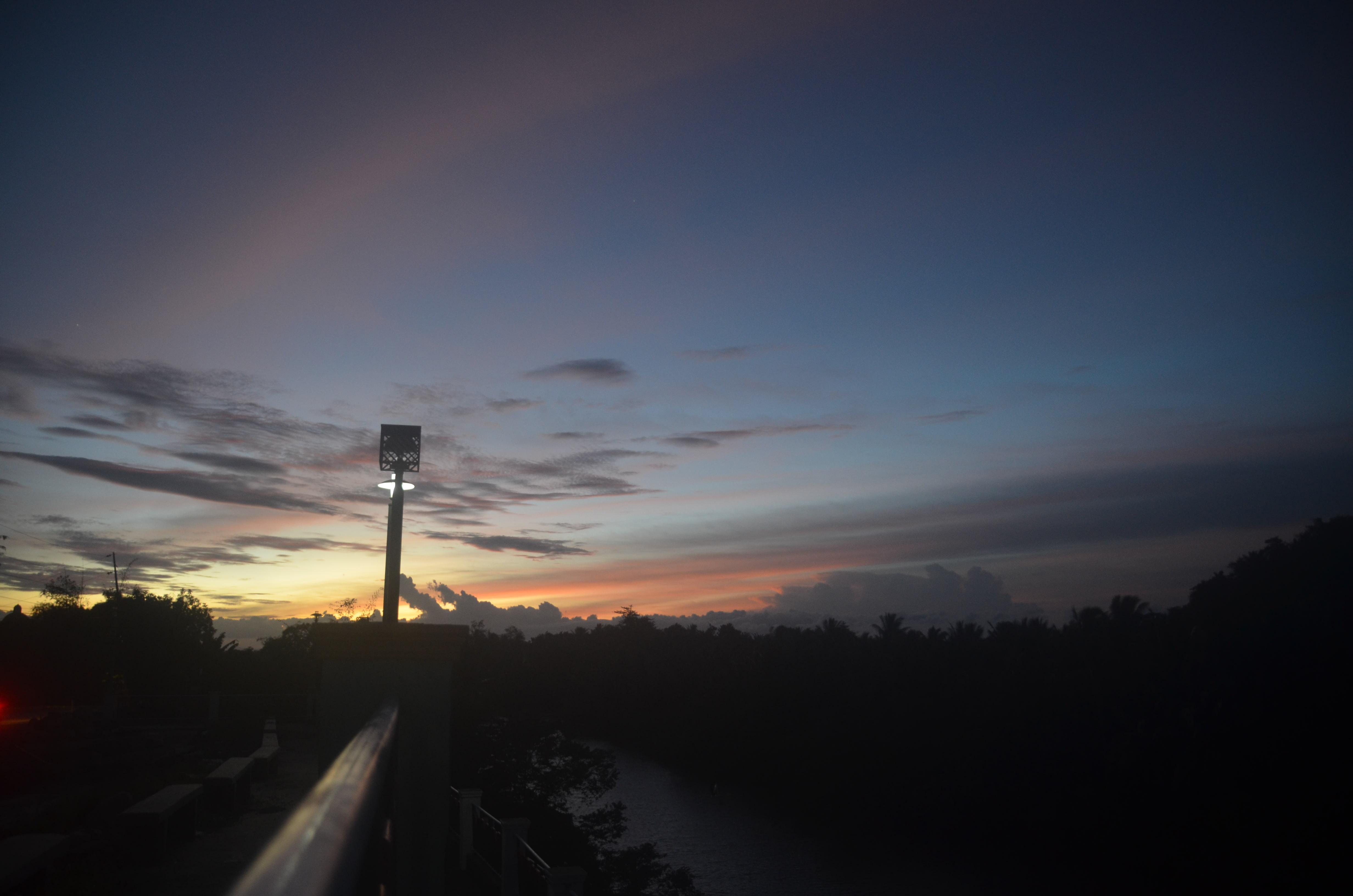 ティナンバック最後の夕陽