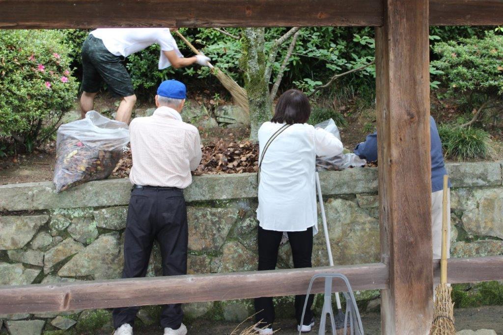 霊友会清掃活動(H28_6_12) (9)
