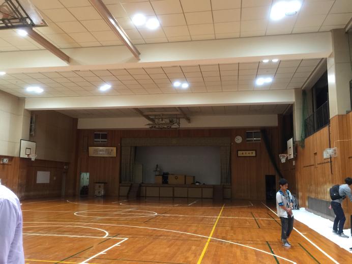 体育館_s