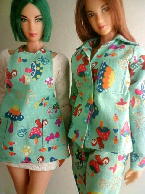 pajamas_apron_b.jpg