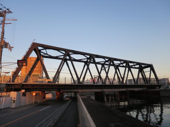 JR東西線の新しい橋10