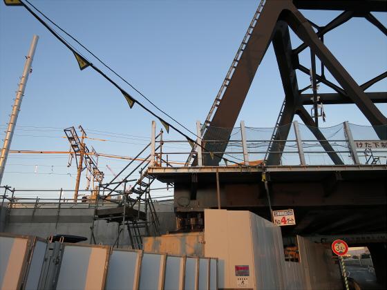 JR東西線の新しい橋11