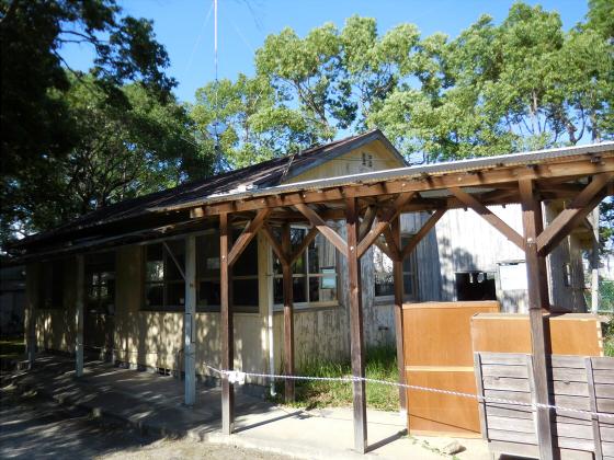 和歌山電鐵沿線の竈山神社10