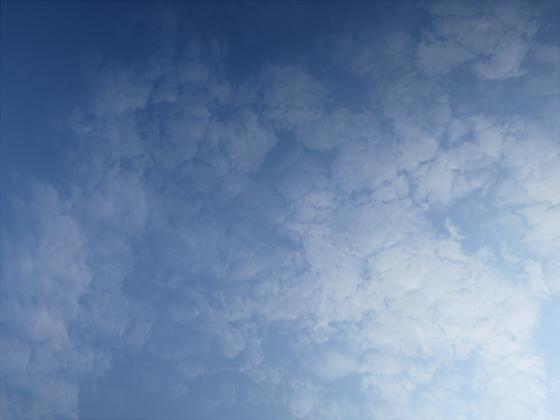 困った時は空の写真03