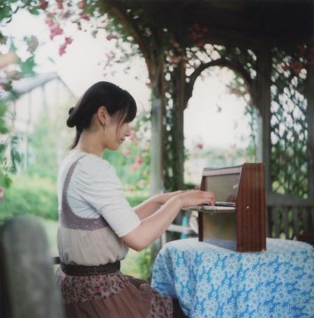 TOY-1531_Yashica.jpg