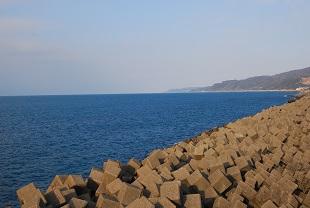 糸魚川より日本海を望む