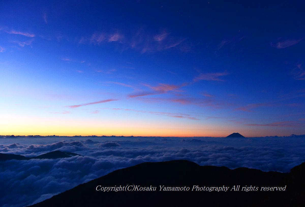 3000mの夜明け (南アルプス 北岳)