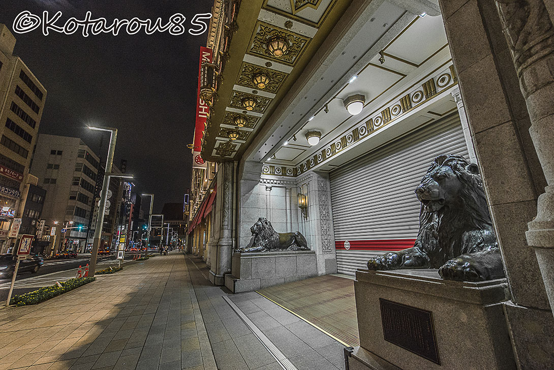 深夜の日本橋三越本店2 20160918