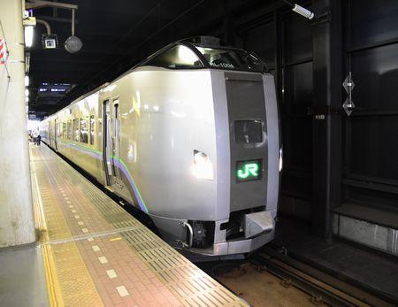 札幌駅スーパーカムイ