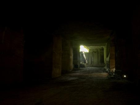 大谷石地下採掘場跡25