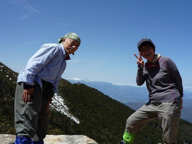 P1050664●遠くに仙丈ケ岳と甲斐駒.jpg