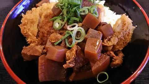 刈谷PAどてかつ丼 (7)