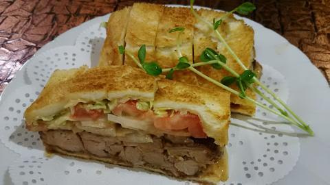 いちカツサンド野菜 (1)