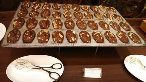 チョコレートテンプテーションビュッフェ台 (20)