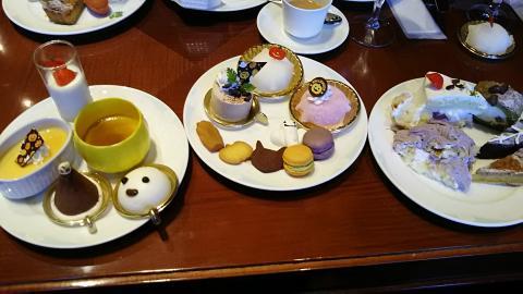 琵琶湖ホテルハロウィン皿 (1)