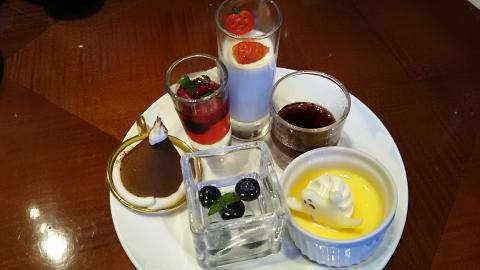 琵琶湖ホテルハロウィン皿 (17)