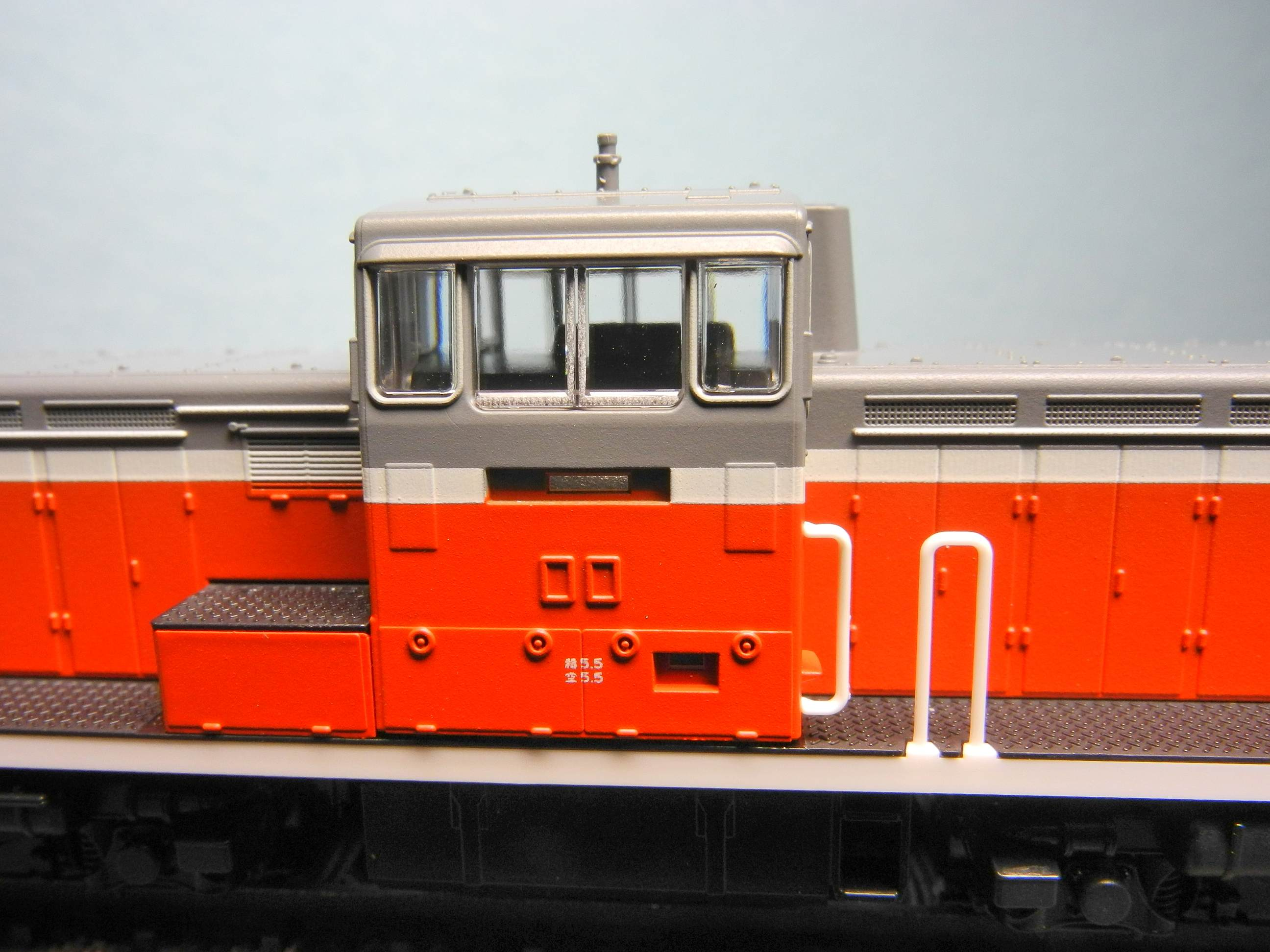 DSCN7070-1.jpg