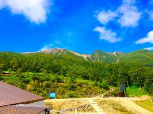 御岳ロープウェイの山頂駅から御嶽山