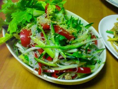 春雨・セロリ・トマトのサラダ