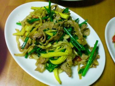 切干大根・豚バラ・ヤングコーンの炒め物