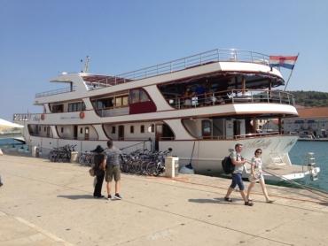 bateau_trogir1.jpg