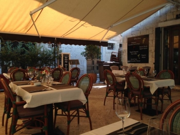 restaurantDonDIno1.jpg
