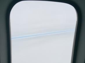 【旅行記】 飛行機から見た「雲と雲の狭間!」
