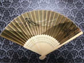 【旅行記】 海外への日本土産は「扇子(せんす)」がおすすめ♪