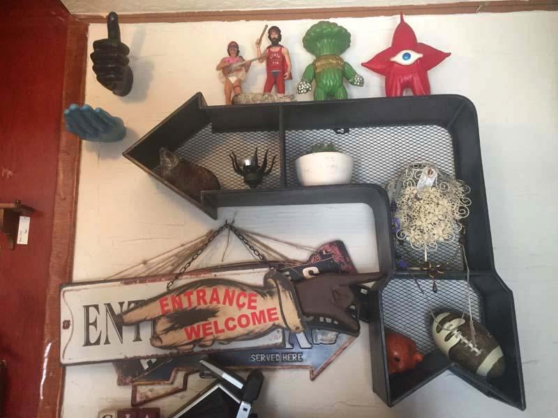 新品 Spice Sign Deco Shelf、スパイス Antique加工サインデコ、矢印型のウォール ラック、シェルフ