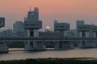 BL160527淀川大堰の夕日3IMG_0463