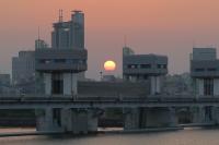 BL160527淀川大堰の夕日1IMG_0461