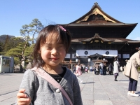 北陸新幹線で長野の善光寺に行ってみた/我が娘、初めての新幹線と恐怖のお戒壇めぐり