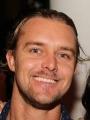 Adrian Peterson アロマスクール マッサージスクール オーストラリア