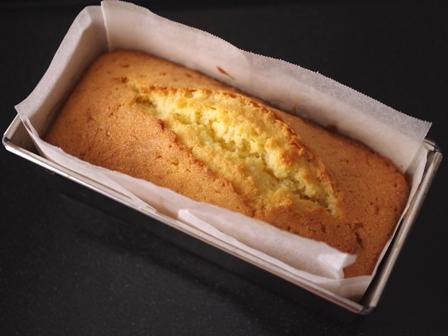 簡単本格ホワイトチョコレート入りアーモンドパウンドケーキ05