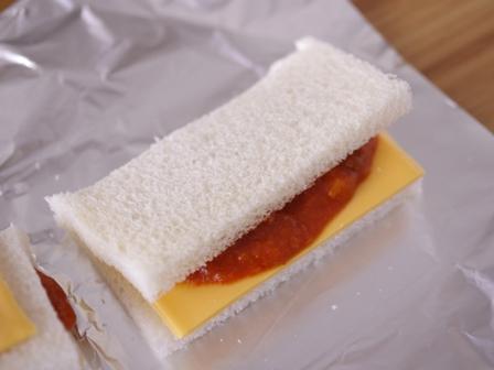 とろりサクサク焼きサンドシナイッチ02
