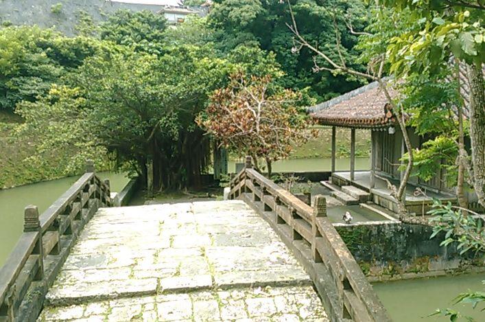 15世紀初めに作られた人工池、龍潭