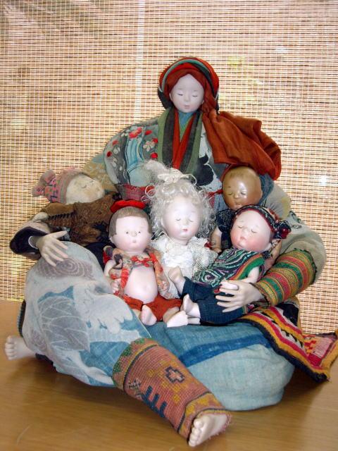 古布の人形