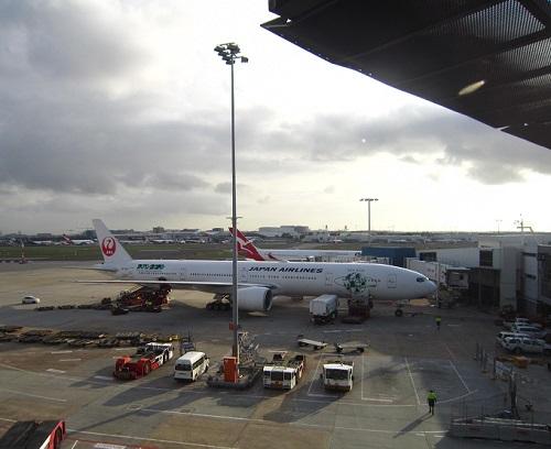 シドニーキングスフォード・スミス空港のJAL