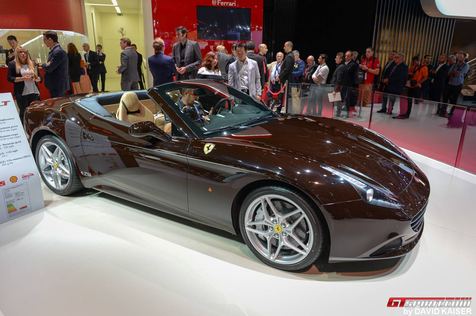 "Ferrari-California-T-""The-Steve-McQueen""-2"