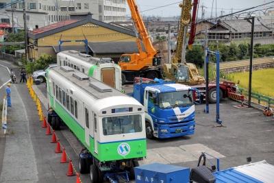 あすなろう鉄道の内部駅に新型車両が!?