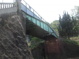 陸橋 拡大