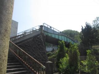神社から陸橋