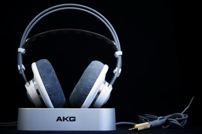 AK K701