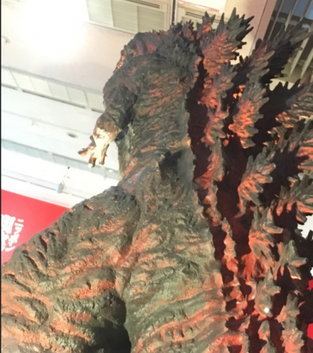 シン・ゴジラ立像 (5)