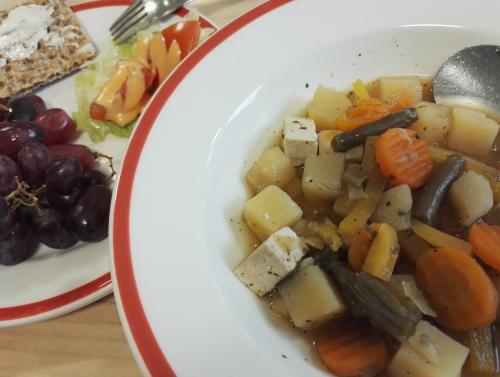 食堂 フィンランド 豆腐  ベジタリアンスープ
