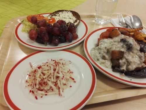フィンランド 食堂 ランチ