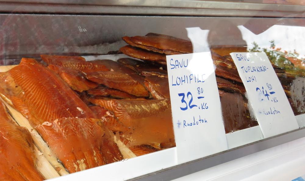 Juhannus フィンランド 夏至祭マーケット 魚屋
