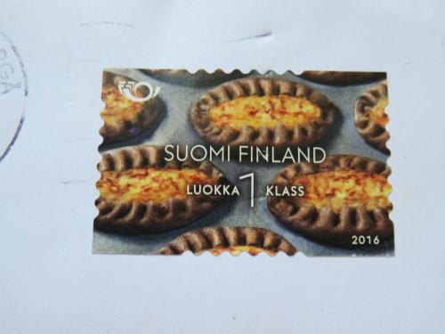 フィンランド カルヤランピーラッカ 切手 Karjalanpiirakka Postimerkki